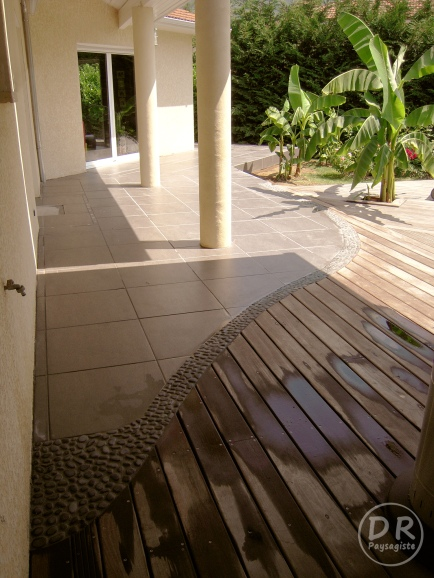 Terrasse bois  carrelage  David Robert Paysagiste