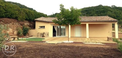 Aménagement terrasse bois, végétal + minéral